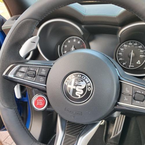 2020 Alfa Romeo Stelvio Timon Nacho Autos