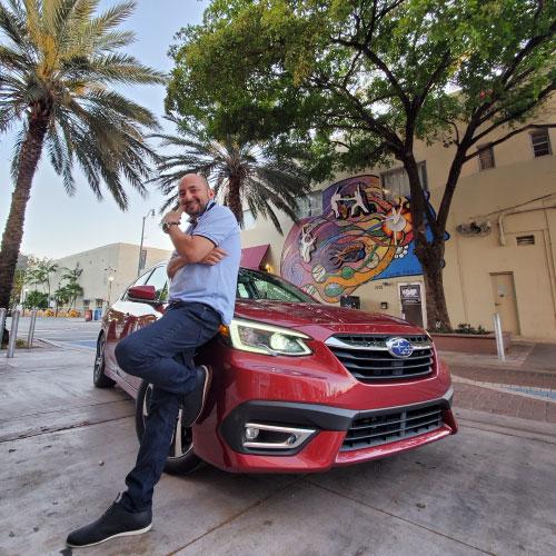 2020 Subaru Legacy Nacho Posando Nacho Autos