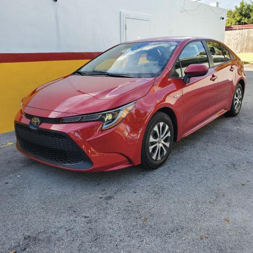 2021 Toyota Corolla Híbrido Frente Ladeado Nacho Autos